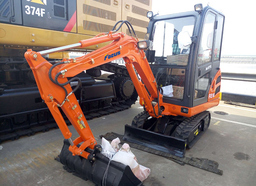 Focus Mini Excavator FE18