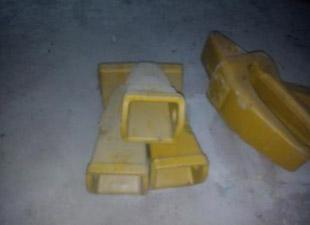 KOMATSU PC220-7 EXCAVATOR PARTS --THE BUCKET