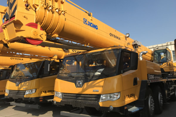xcmg-50t-qy50ka-truck-crane-delivered-to-south-africa-in-december-3